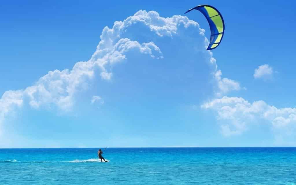 Philippines-Cerf-volant-surfe