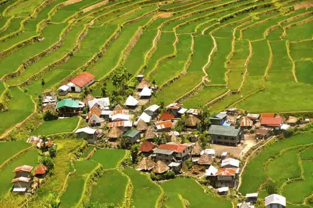 LES PHILIPPINES : Régions, balnéaire, transports et alimentation philippines
